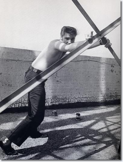 Elvis Presley At The Knickerbocker Hotel Hollywood