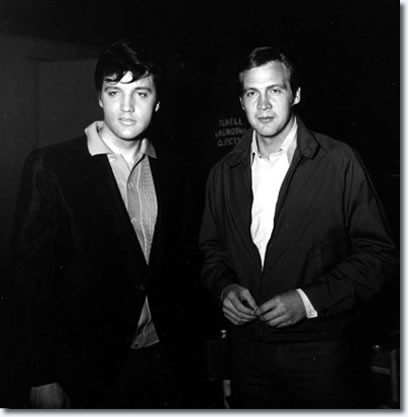 Lee Majors visited Elvis on the Clambake movie set.