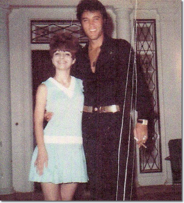 Elvis With Billy Stanley S Cousin Teresa Outside The Front