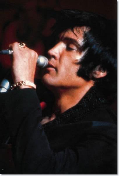 elvis presley opening night july 31 1969