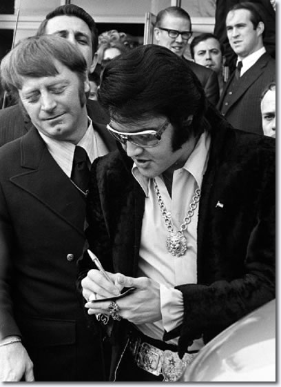 Elvis Presley January 16th - 1971 - The Jaycees - Ten Outstanding Young Men of the Nation