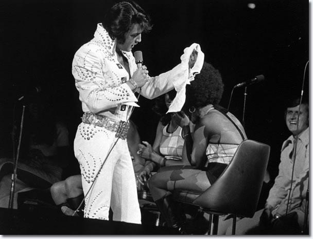 Elvis Presley Chicago Stadium June 16 1972 8 30 P M