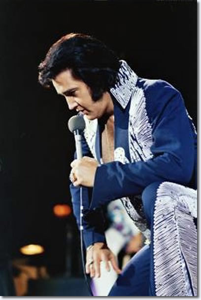 Elvis during the Matinee performance in Huntsville, AL on June 1, 1975.
