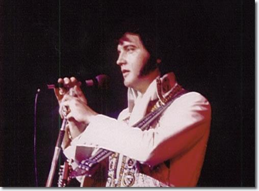 Elvis Presley Las Vegas December 10 1976 Midnight Show