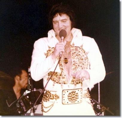 Jerome 'Stump' Munroe behind Elvis on Drums, June 24, 1977.