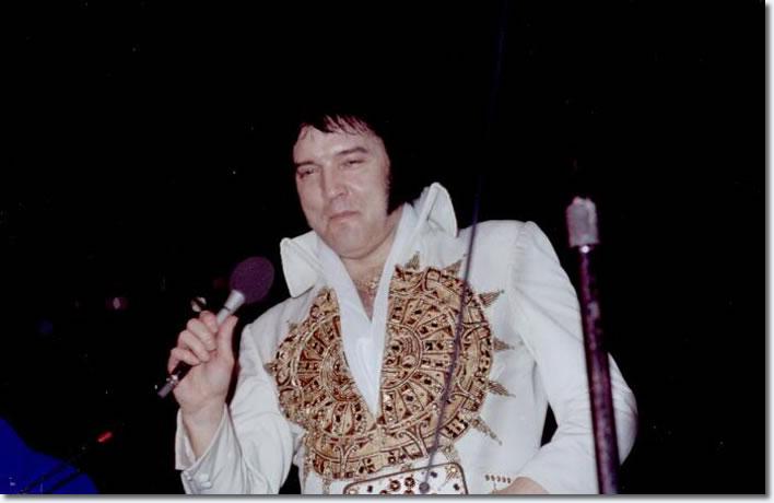 Elvis Presley : Philadelphia Spectrum, Saturday, May 28, 1977.
