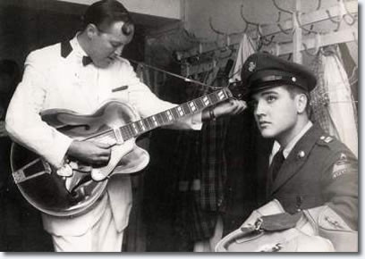 Elvis Presely abd Bill Haley backstage - Frankfort October 23, 1958