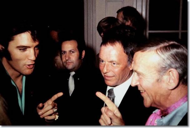 Elvis Presley, Joe Esposito, Frank Sinatra y Fred Astaire - 29 de agosto 1969
