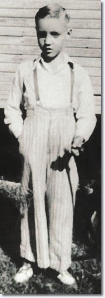 Elvis Presley 1943