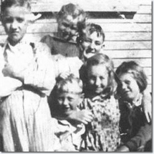 Tupelo Childhood Classmates @ Lawhon Junior High School in 1943.