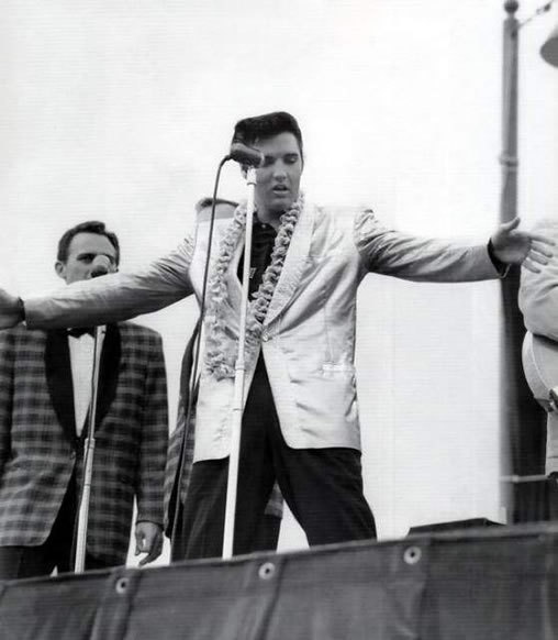 Elvis Presley in concert, Hawaii November 10, 1957.