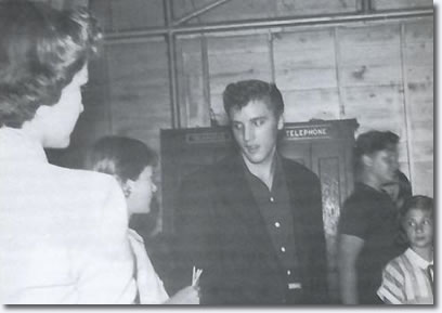 Elvis Presley - Big D Jamboree - Dallas, Texas. Sportarium June 18, 1955