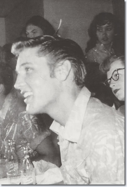 Elvis Presley : Backstage : Tyler : January 25, 1955