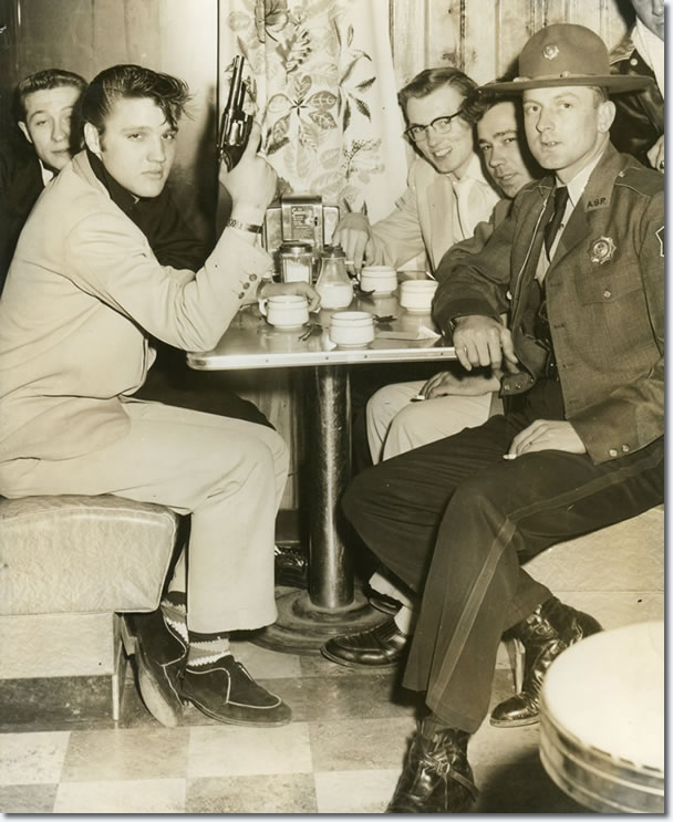 Elvis, Scotty and Bill at Coley's Truck Stop in Dermott, AR : March 25, 1955