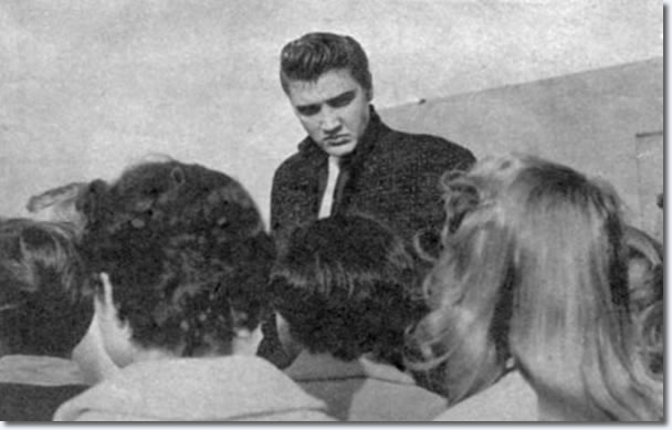 Elvis with fans at p.a. in San Diego : April. 3, 1956.