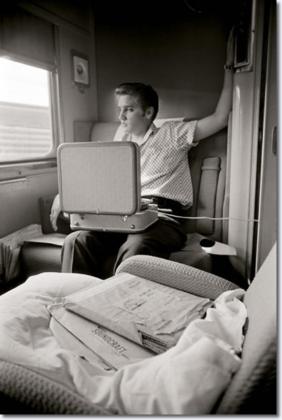During the train ride Elvis listened over and over again to the recordings he had made the previous day.