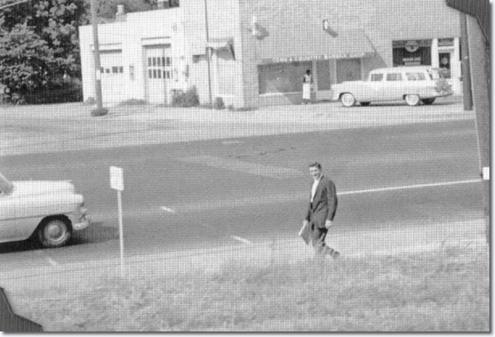 Somewhere in the area of White Station (on Poplar) the train stops and Elvis gets off alone so he can walk to the Presley family home on Audubon Drive.