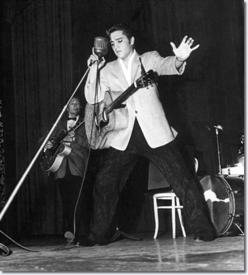 Elvis Presley : Long Beach Municipal Auditorium : June 7, 1956.