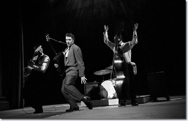 Elvis Presley : The Dorsey Brothers Stage Show : March 17, 1956