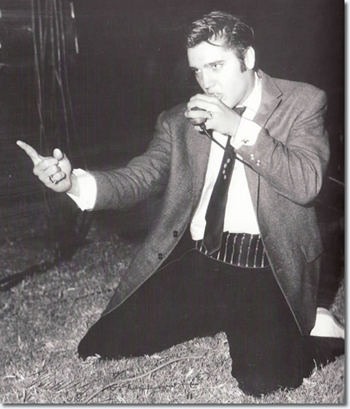 Elvis Presley - Cotton Bowl, Dallas - October 11, 1956