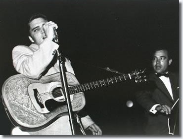 Elvis Presley & Bill Black May 14 1956, LaCrosse Wisconsin