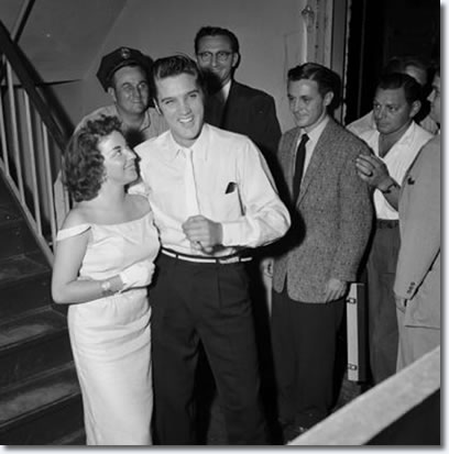 Elvis and the contest winner, Andrea June Stephens : August 10, 1956, Jacksonville.