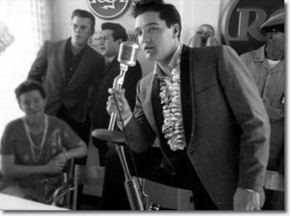 Elvis Presley : March 25, 1961 : U.S.S. Arizona Benefit Concert : Press Confernce.