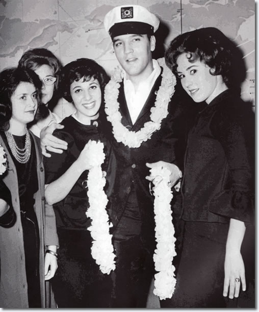 Elvis Presley : Ready For Hawaii : Los Angeles Airport, California : March 25, 1961.
