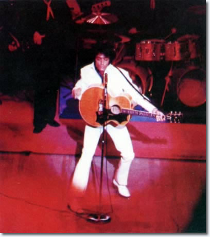 Elvis Presley : In Concert : Las Vegas : August 26, 1969.