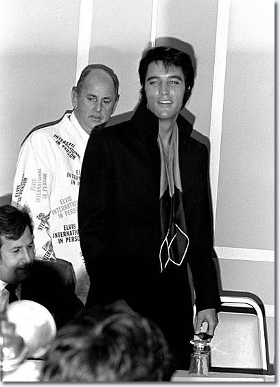 Elvis Presley & Colonel Parker Press Conference - Las Vegas 1969