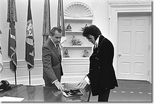 Elvis Presley and President Nixon at the White House - December 21, 1970