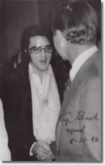 Elvis Presley greets George. H. W. Bush - January 16th - 1971