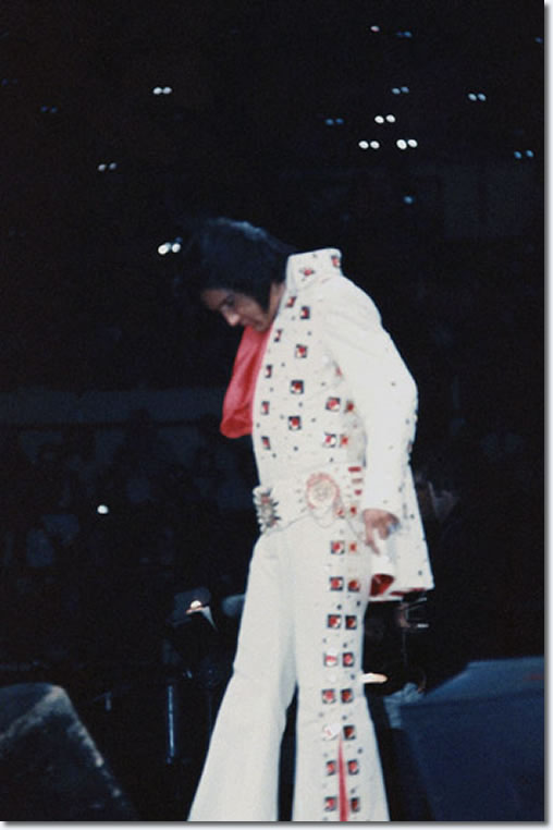 Elvis Presley : Madison Square Garden : June 11, 1972 : 2:30pm.