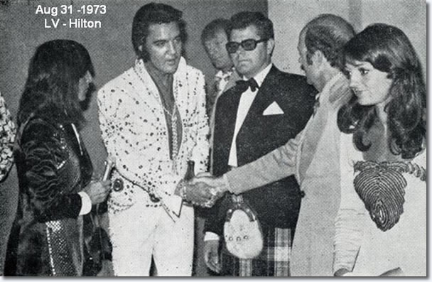 Elvis Preley with Tony Prince and other fans from the UK - August 31, 1973