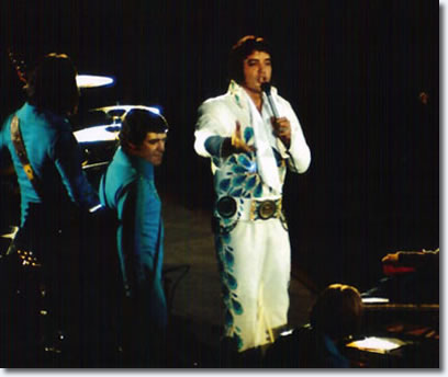 Elvis introducing Glen D. Hardin (Elvis On Stage, by Keith Alverson)