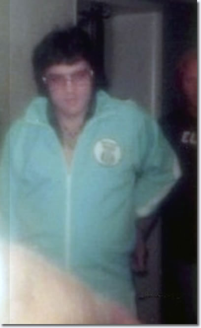 Elvis Presley : Later on at his hotel in Shreveport on July 1, 1976