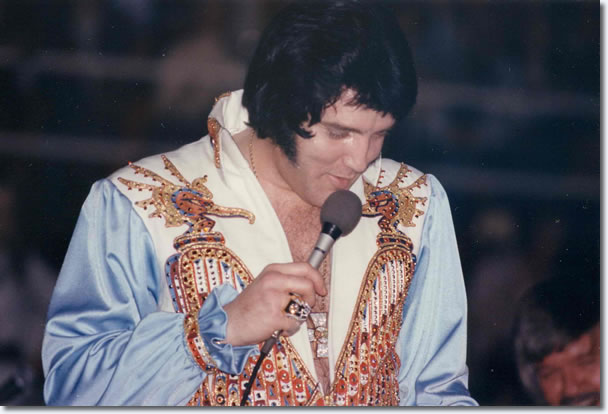 Elvis Presley : March 20, 1976. (8:30 pm) Charlotte, NC.