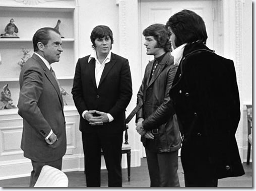 President Richard Nixon with Sonny West and Jerry Schilling and Elvis Presley.