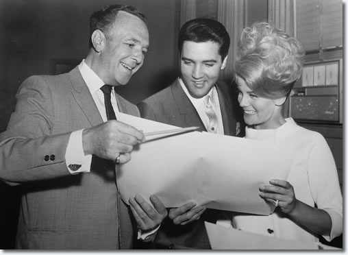 Director George Sidney, Elvis Presley and Ann-Margret at the MGM studios 1963.