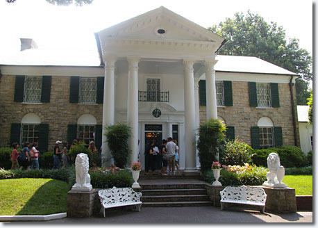 Graceland ... purchased when Elvis was 21, it remained his home for the rest of his life. People come from all over the world to see how the King of Rock lived / Scott Jenkins