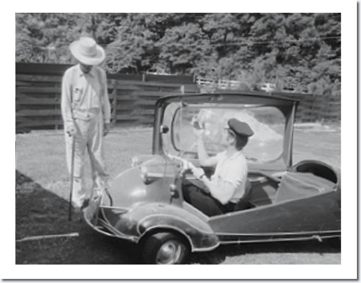 Elvis Presley Audubon Drive Memphis May 29 1956