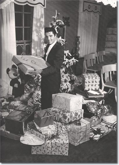 Christmas In Graceland.Elvis Presley Christmas At Graceland 1957