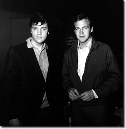 Lee Majors visited Elvis on the Clambake movie set.