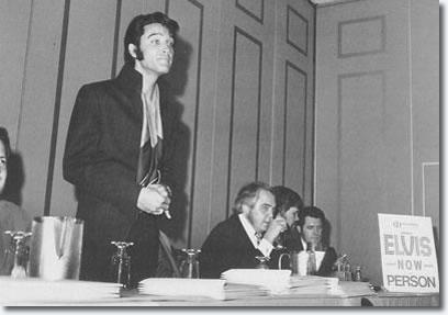 """Résultat de recherche d'images pour """"elvis conference de presse 1969"""""""