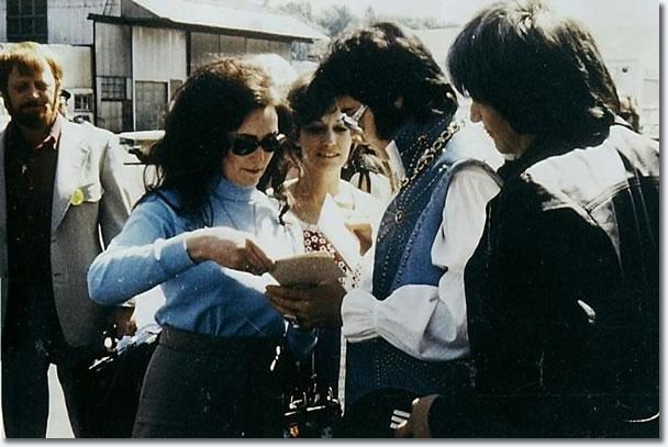 Elvis Presley Bootlegs Vinyl The Elvis Information Network
