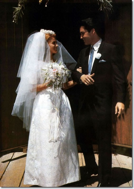 Ann Margret And Elvis Romance Pictures to Pin on Pinterest ...